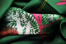 Grand foulard pour homme en soie