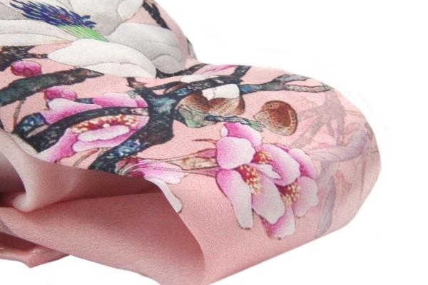 Foulard en soie fleur de cerisier
