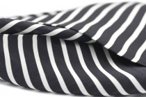 Foulard soie noir et blanc femme