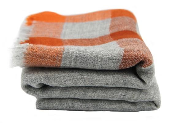 Kashmir wool scarf