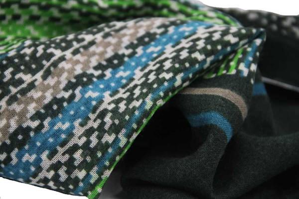 Himalayan wool scarf
