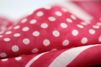 Petit foulard femme fushia