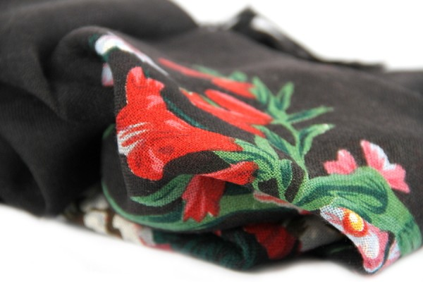 Dostoyevsky woollen shawl