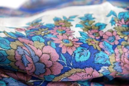 Foulard en soie bleu jodhpur