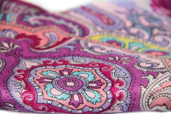 Carré en soie Lhassa
