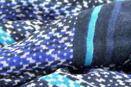 Echarpe bleu marine et turquoise