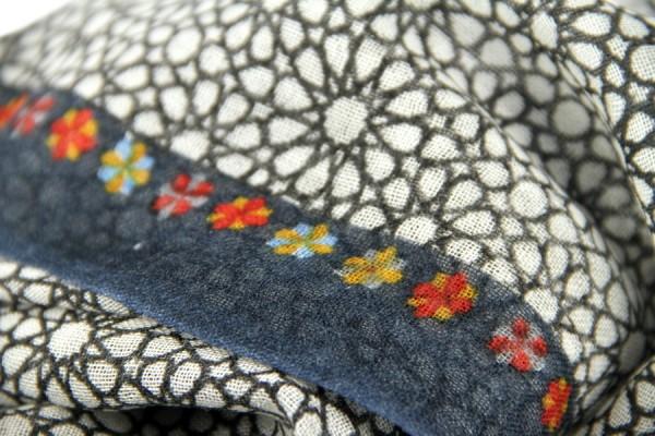 Echarpe en laine Dunagiri