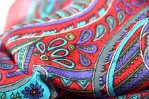 Foulard en soie rouge