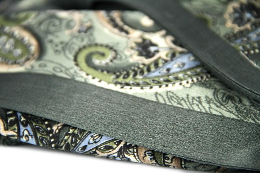 29d5b37e2819 Acheter un foulard en soie homme motif cachemire indien