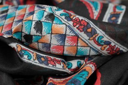 Foulard carré noir