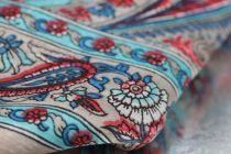 Foulard oriental en soie