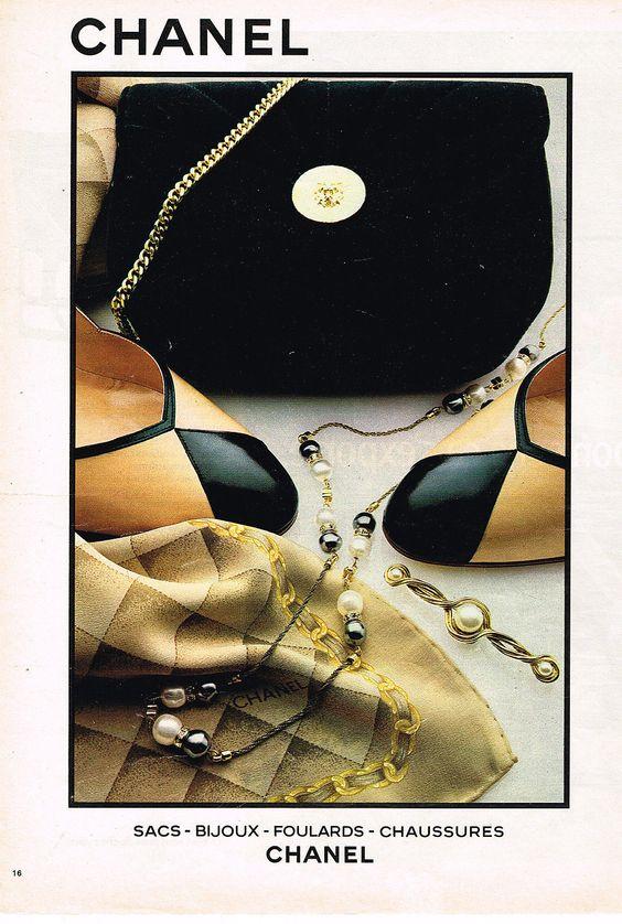 Foulard de marque Chanel 352f658e0db