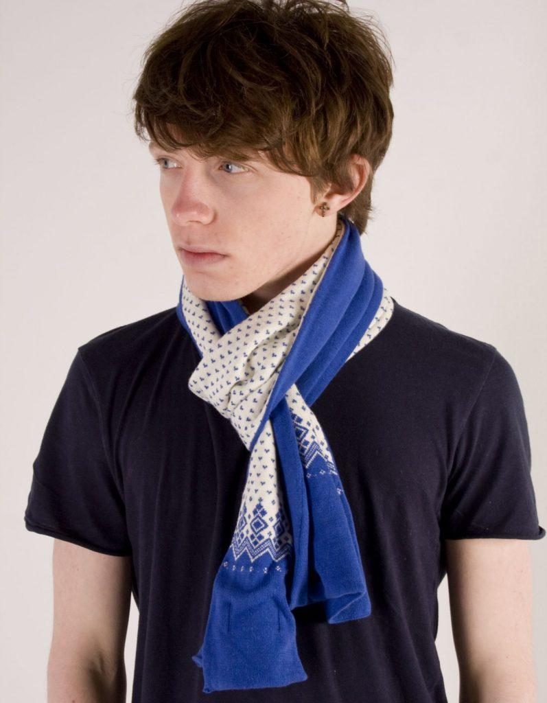 foulard homme noeud