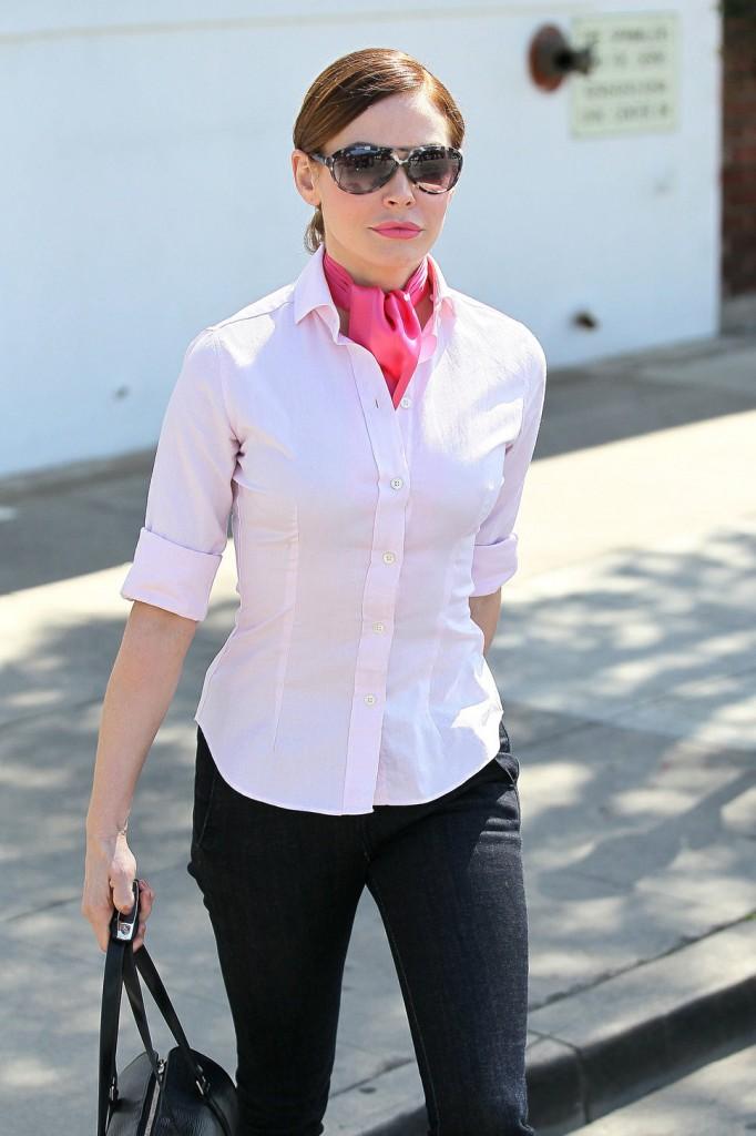 porter foulard avec chemise