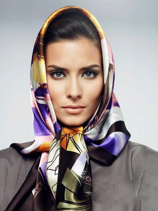 foulard uni ou motifs