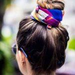 Quel foulard cheveux choisir pour dormir en soie ou en satin ?