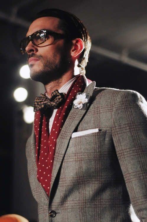 comment porter foulard carre homme