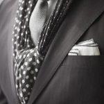 Comment mettre, porter écharpe avec une veste, un costume ?
