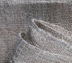 entretenir laver et nettoyer un foulard. Black Bedroom Furniture Sets. Home Design Ideas