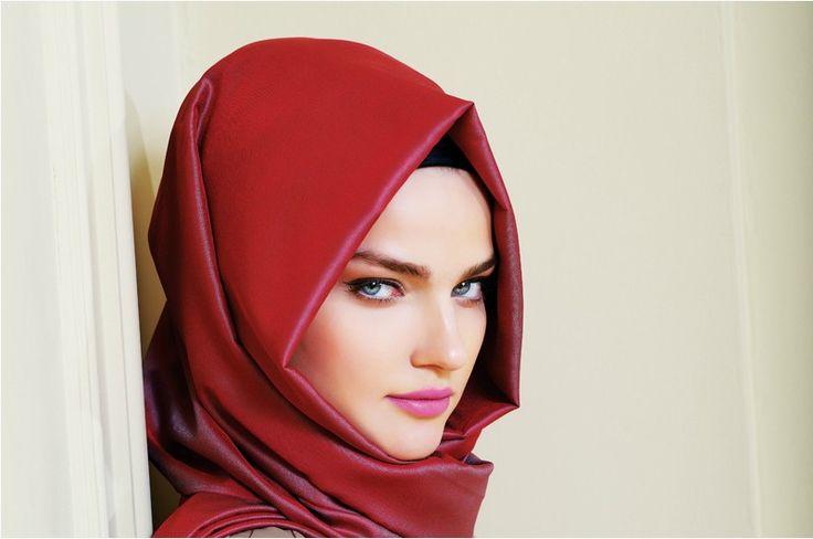 comment mettre porter et nouer le foulard ou voile turque. Black Bedroom Furniture Sets. Home Design Ideas