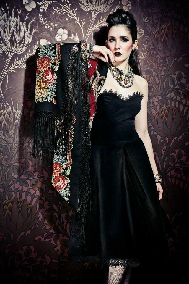 foulard russe laine noir