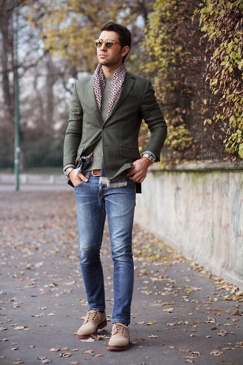 mettre foulard homme