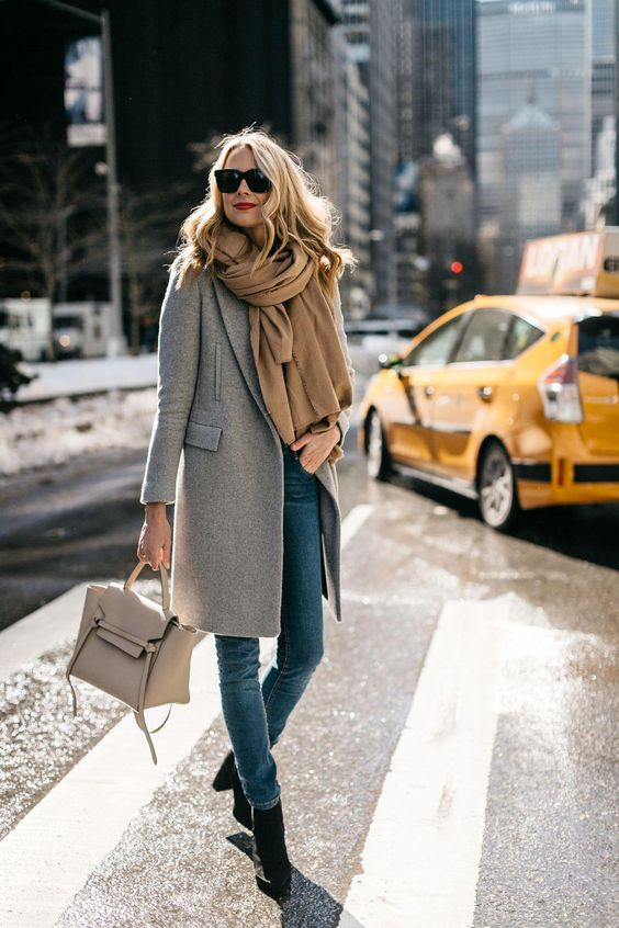Comment porter, mettre foulard avec un manteau   c1a8115f24a