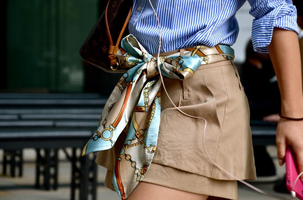 mettre foulard comme ceinture