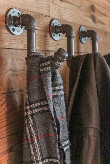 Idees pour accrocher des foulards echarpes