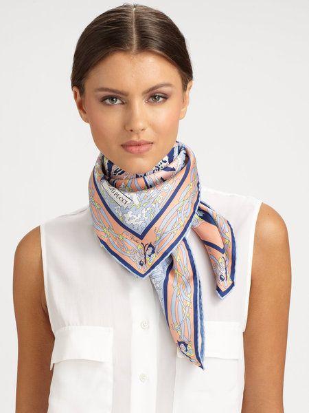 comment porter foulard carre