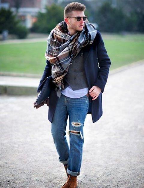 Pour un style très élégant, il faudra vous tourner vers la soie, la soie  sauvage, en foulard rectangle ou en carré, ce sont les rendus de foulards  qui ... c71933e1a2a