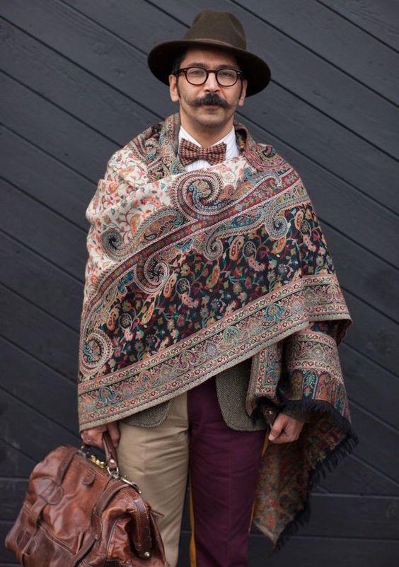 Quelle couleur de motif choisir   Le foulard homme et femme ... ac9fe365600